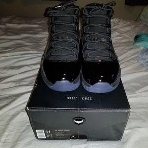 Jordan Shoes - Air Jordan 11 Retro Cap And Gown, size 11